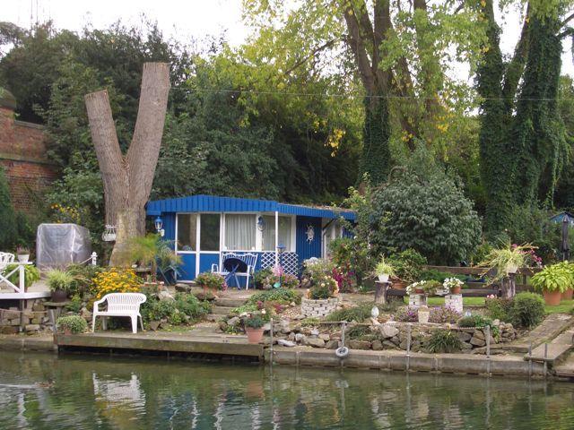 Leinefahrt-Garten-an-der-Leine